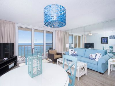 Living Room - Panoramic views of the Gulf of Mexico! Queen Sleeper Sofa