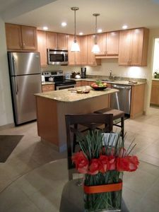 Beautiful new Kitchen, new cabinets, new tile, new granite, new stainless