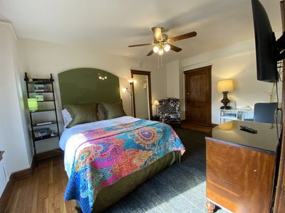 Photo for Apartment Vacation Rental in Saint Louis, Missouri