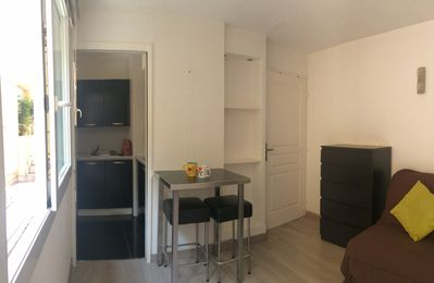 Photo for STUDIO IN THE HYPER-CENTER OF NICE FOR 2 PEOPLE