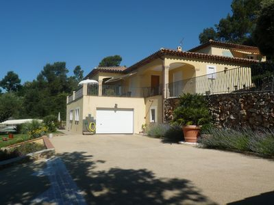 Photo for New villa with pool, stunning views of the hills