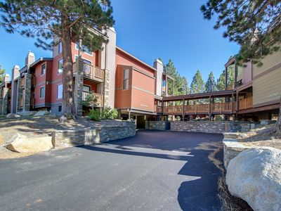 Photo for Walk to Mammoth Mountain, enjoy a shared hot tub, pool, & more!