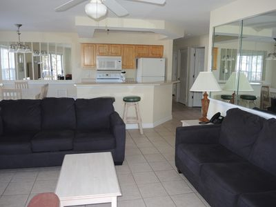 Photo for 1 Bedroom/1 Bath, Full Kitchen, W/D, Golf View, nearby beaches(2706M)