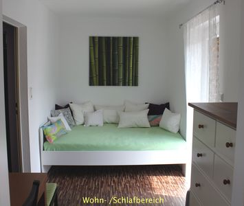 Photo for Beautifully renovated small apartment, quiet yet central location, with good transport