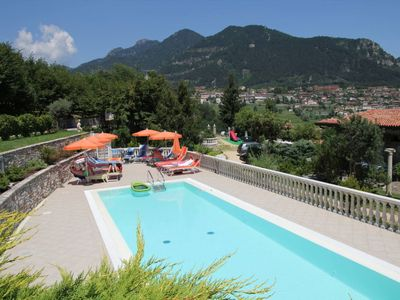 Photo for 2 bedroom Apartment, sleeps 4 with Pool, FREE WiFi and Walk to Shops