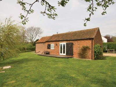 Photo for 2 bedroom accommodation in Tetford