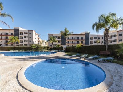 Photo for Luxury 2 Bedroom Apartment With Pool - 22134/AL