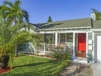 Photo for Florida Charming HOUSE 1940 .A few steps from LAS OLAS