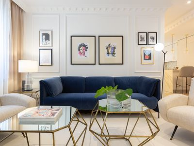 Photo for Luxurious 2 bedroom apartment on Jorge Juan street in Madrid