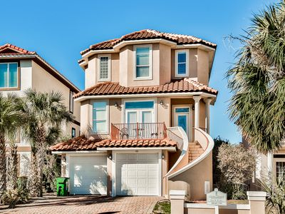 Photo for Seaside Castle | XL Pool | Gulf Views | Steps To Beach | Tennis | Volleyball | Pets