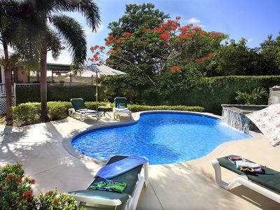 Photo for Peaceful Spacious Fab Pool nr Oualie Beach Air conditioned 5 Star Villa Verandah