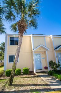 Photo for Walk to Everywhere!! Updated South Bay #32 Poolfront End Unit, Doorfront Parking