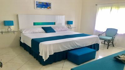 Luxurious location over looking the oceanic views of montegobay