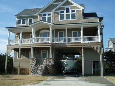 Photo for Pool, Elevator, Beach - Hurry, only a few summer weeks left to rent!!