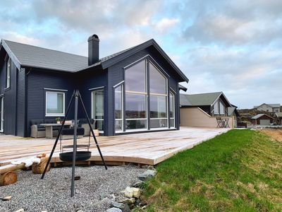 Photo for Archipelago cottage with panoramic views just 20 meters from the seafront
