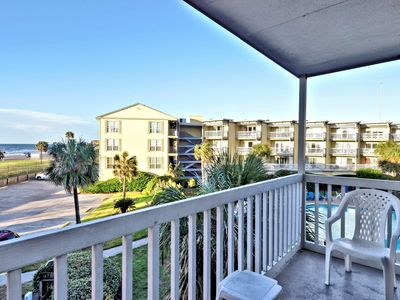 Photo for Victorian's 6203: Gulf views, community pools. FREE activities!