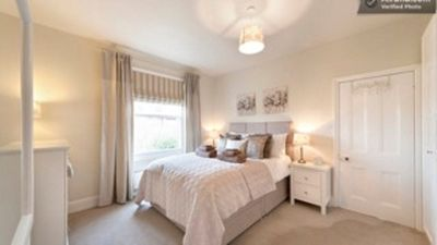 Photo for Location, Location, Location 5* Boutique apartment prime central Wilmslow