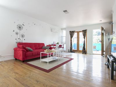 Photo for Spacious&Sunny 1b1b in Silver Lake w/parking/patio