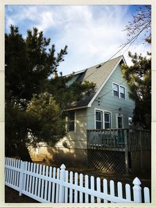 Photo for Adorable Vintage Beach House for Family & Friends Ideal Location
