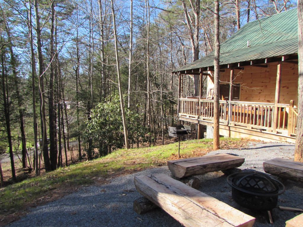 Property Image#22 Cabin In The Smokies Great Cabin King Bed HotTub  Fireplace.