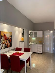 A2 sjever(4): kitchen and dining room
