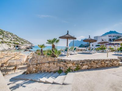 Photo for One bedroom Apartment, sleeps 4 in Cala San Vicente with Air Con and WiFi