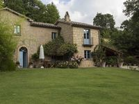 Picture perfect country house