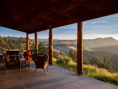 Photo for Central Oregon Getaway with Incredible Lake and Mountain views