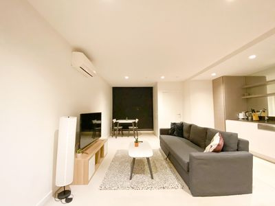 Photo for Abbotsford modern and cozy 1br apartment