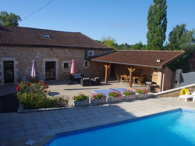 Photo for Spacious and comfortable country house with private pool (2 to 8 pers)