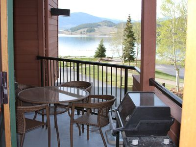 Photo for Lakeside condo on spectacular Lake Dillon