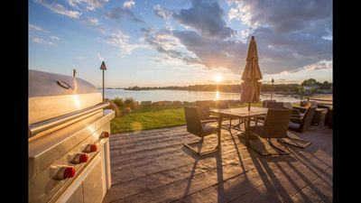 Newly Renovated Oceanfront Cottage On Joshua's Cove, Guilford CT