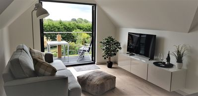 Photo for Beautifully presented self-contained one bedroom apartment
