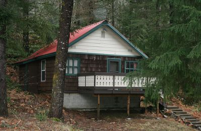 """Mountainside Chalet-MSC w/400 sq ft is a true """"Tiny House"""" but with amenities"""