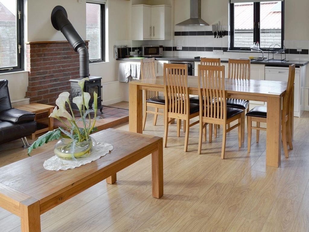 Appletree Barn: 4 bedroom property in Canterbury. Pet friendly ...