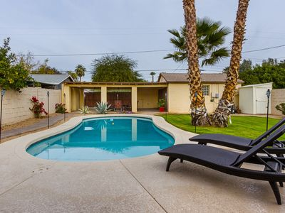 Luxurious Guesthouse with heated pool in Central Phoenix near Downtown