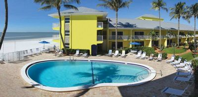 Photo for BEACH VACATION! COMFY POOL VIEW UNIT, FREE PARKING