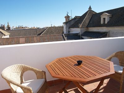 Photo for Bright penthouse center Sevilla Year Murillo Year Sunny penthouse downtown Seville