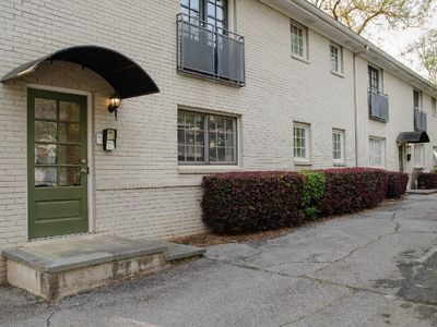 Photo for Sweet ATL Condo close to Beltline in VA Highlands