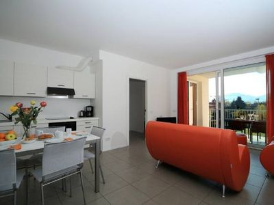 Photo for Lake Maggiore 3 bed apartment with pool & jacuzzi