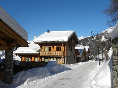 Photo for Apartment (8 pers.) on 50 m' of the ski slopes, next to the authentic village