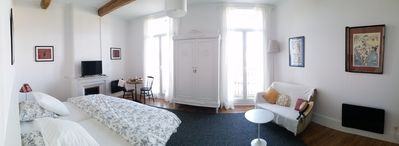 Photo for Double Room with SdeB in Grande Mansion Languedoc, 1st fl.
