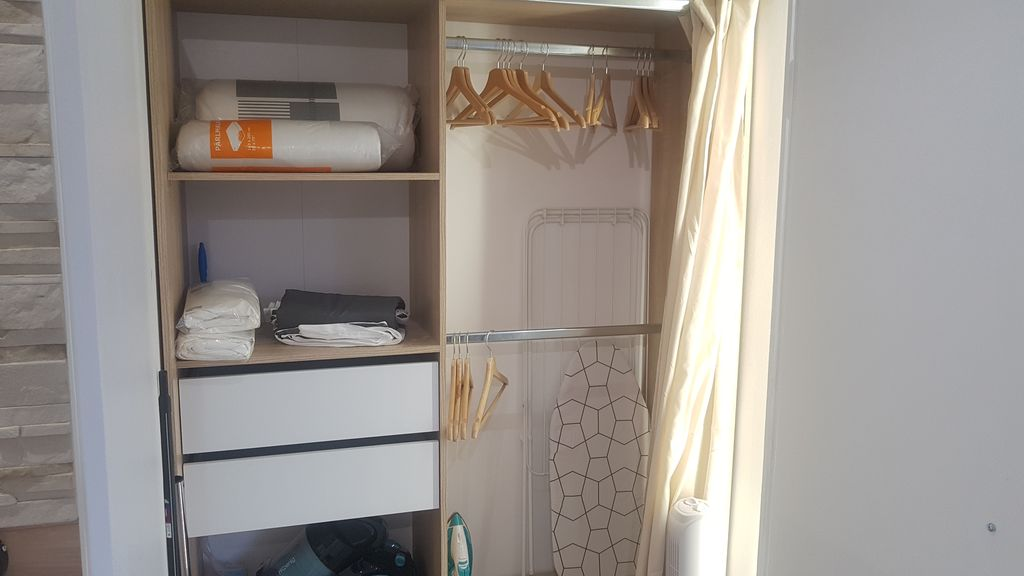 Property Image#4 The Pied à Terre   Studio Completely Redone