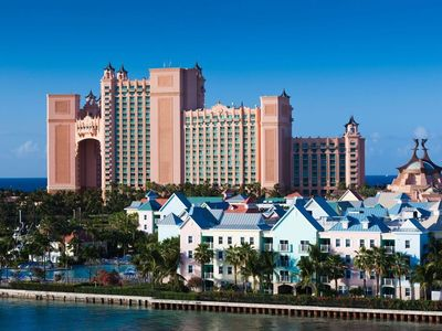 Photo for 2BR/2BA Lock-Off unit sleeps up to 8 w/full access to Atlantis Resort included