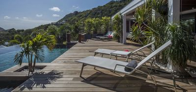 Villa Black Pearl  -  Ocean View - Located in  Tropical Marigot with Private Pool