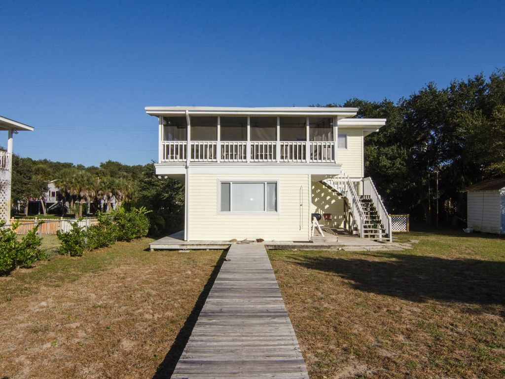 Wonderful Beach Front Cottage #6: Davis - Small Beach Front Cottage With Screened Porch