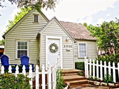 Photo for Cozy TCU Cottage 2bed/1bath  2 block walk to campus  5 minute drive to downtown