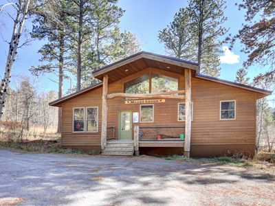 Photo for Cozy Ranch Style Cabin perfect for Families - close to the slopes!