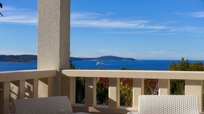 Photo for HVAR MOOD HOUSE - GREEN & BLUE APARTMENT: LARGE LOGGIA OVERLOOKING THE SEA