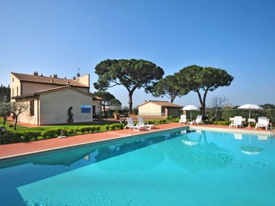 Photo for Terra dei Ceci Apartment, Sleeps 4 with Pool and Free WiFi